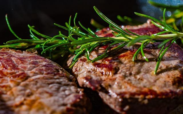 Make Dinner Reservations at Del Friscos Double Eagle Steakhouse