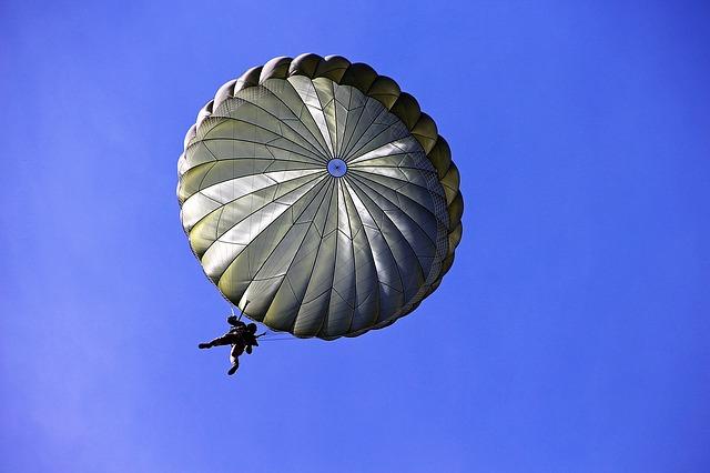 skydive thumbnail image